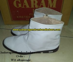 20Jual Seragam Drumband Terbaru 081391113431 Sepatu